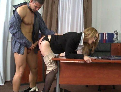 украинское порно в офисе
